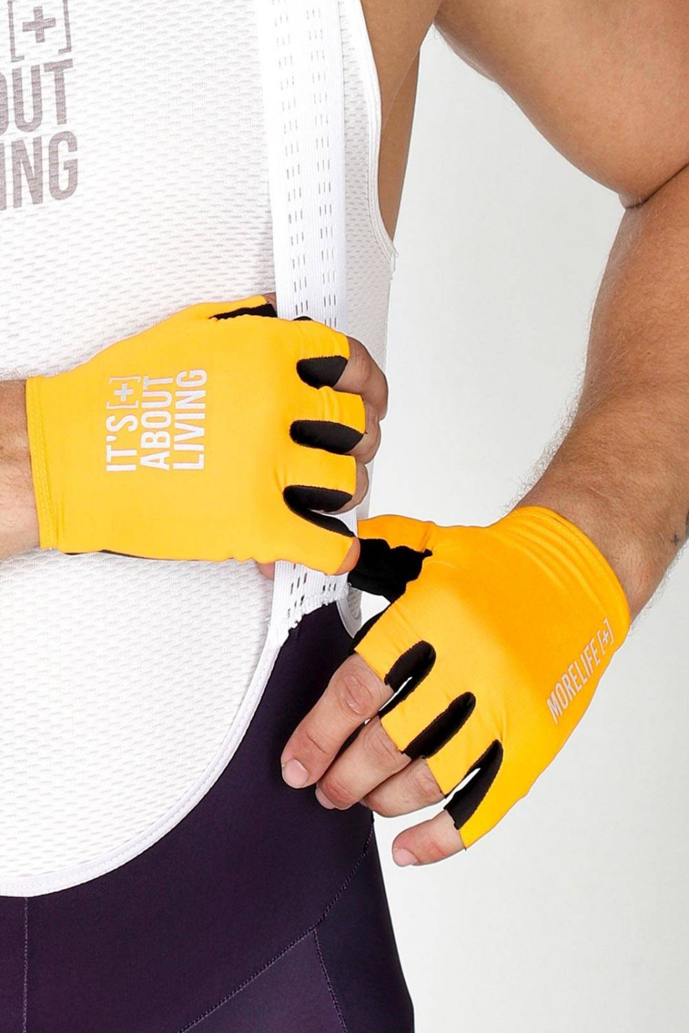 LEMON YELLOW GLOVES