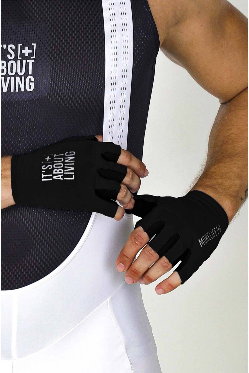 TOTAL BLACK GLOVES GU43